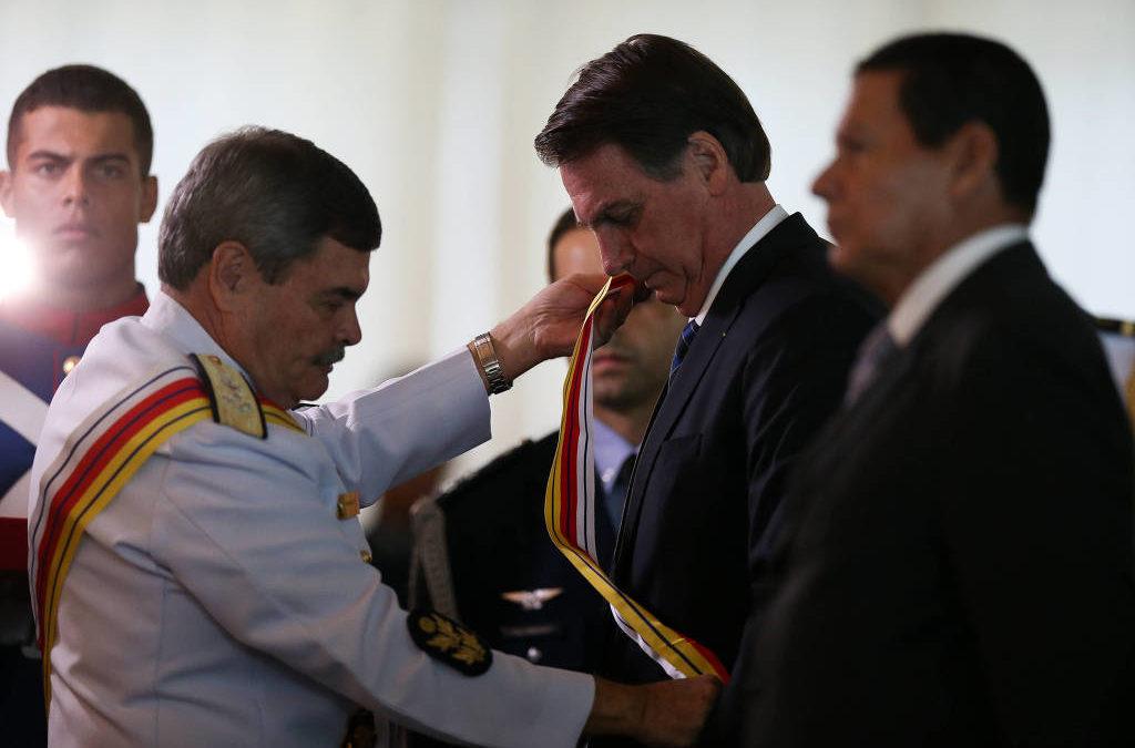 Superior Tribunal Militar gasta R$ 100 mil com viagem à Grécia de 3 ministros em férias