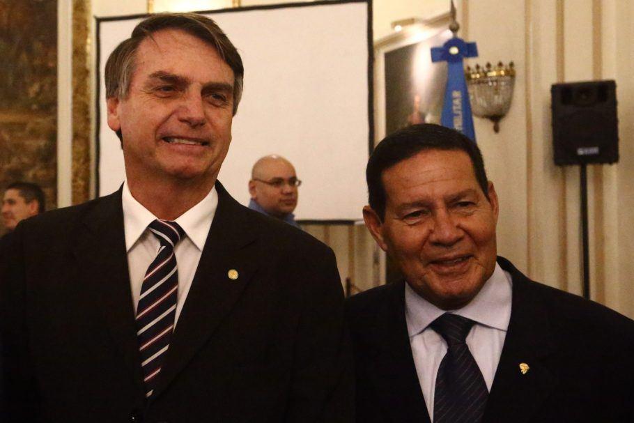 Militares temem efeitos do radicalismo com Bolsonaro isolado