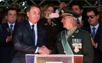Essa possibilidade não existe, diz general Ramos sobre assumir comando do Exército