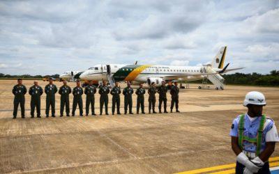 Aeronaves da FAB decolam com destino à China para buscar brasileiros