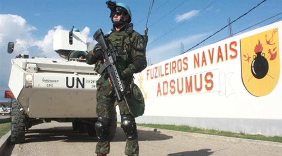 DF: mesmo com coronavírus, Marinha mantém exercício militar em mata