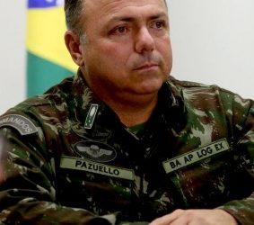 Bolsonaro diz que Pazuello não ficará no cargo de ministro da Saúde