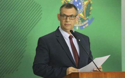 Porta-voz do Planalto, general Rêgo Barros testa positivo para Covid-19