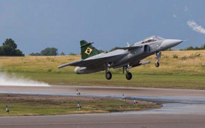 Major Aviador é o primeiro a voar o Gripen no Brasil