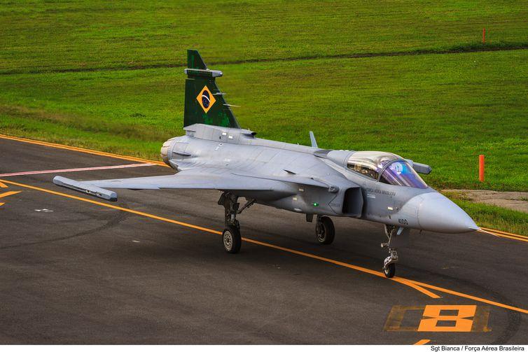 Gripen: Dia do Aviador marca estreia de nova frota de caças da FAB