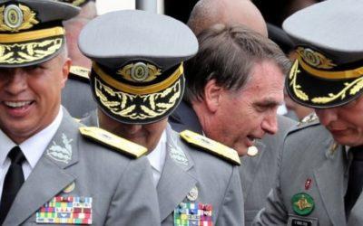Militares foram 'sábios' ao escolher Constituição em vez de Bolsonaro, diz Financial Times