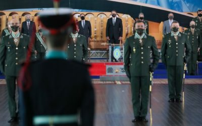Nas mãos dos senhores nossa nação está tranquila, diz Bolsonaro a militares
