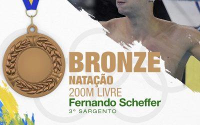 É bronze!