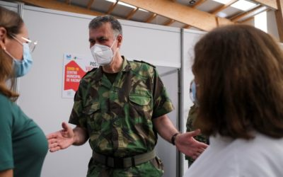 O militar que pôs Portugal na liderança mundial da vacinação contra a Covid
