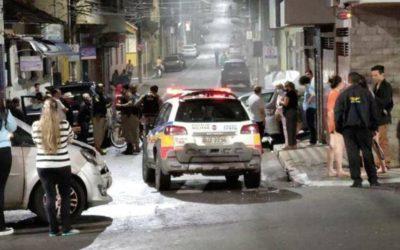 Com CNH vencida e sintomas de embriagues, sargento do Exército causa dois acidentes de trânsito e é contido por populares